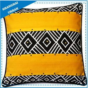 Home Decoration Black/Yellow Design Printed Throw Pillow pictures & photos