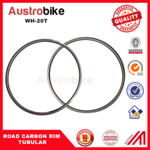 Chinese Cheap 700c 25mm Wide 30mm Carbon Road Bike Clincher Wheels/Rim pictures & photos
