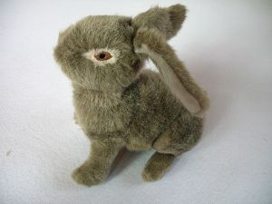 Country Dog Toy Plush Stuffed Rabbit Pet Toy pictures & photos