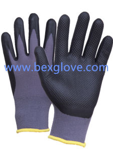 15 Gauge Nylon Liner, Nitrile Coating, Micro-Foam Finish, Pressure Pattern Safety Gloves pictures & photos