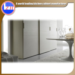 Modern European Wooden Sliding Door Wardrobe Cupboard for Bedroom (with glass) pictures & photos