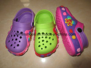 Latest EVA Chidren Garden Shoes EVA Clogs 18-29 (LW7 (9) pictures & photos
