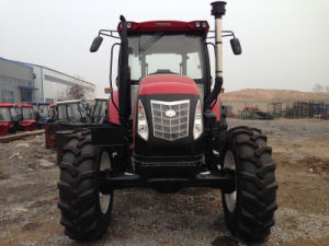 CE Approved 135HP 4WD Tractor at Most Competitive Price with Loadfer/Backhoe/Mower pictures & photos