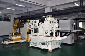 Automation 3 in 1 Straightener with Nc Servo Feeder (MAC4-600F) pictures & photos