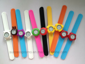 Good Quality Control Digital Bracelet Watch, Kids Slap Silicone Watch pictures & photos