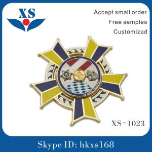 Soft Enamel 3D Customized Metal Pin Badge pictures & photos