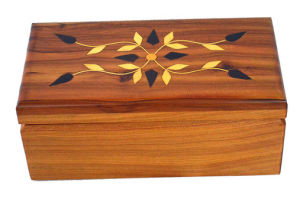 Maple Wood Storage Box with Silk-Screen Printing Patterns pictures & photos