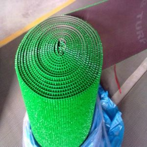 Hot Selling No Backing PE Turf Mat pictures & photos