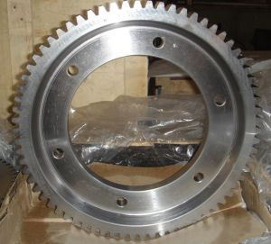 CNC Machining Steel Lathe Spur Gears with Keyway pictures & photos
