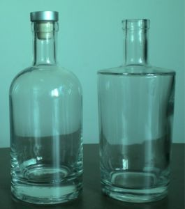 Premium Glass Bottle / Tequila Bottle / Whiskey Bottle (DVB151 & DVB152) pictures & photos
