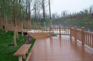 Garden Flooring - Water Proof - Wood Plastic Composite Decking pictures & photos