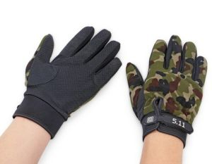 Airsoft Full Finger Tactical Glove pictures & photos