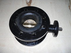 Cast Iron Body Double Flange Butterfly Valve 2′-48′ pictures & photos