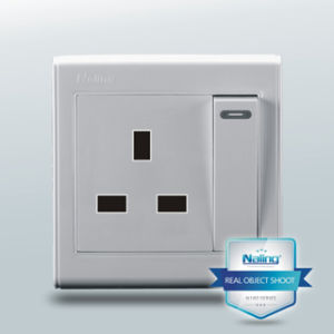 1 Gang Switch Wall Socket with 3 Pin