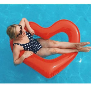 Giant Inflatable Red Heart Pool Float pictures & photos