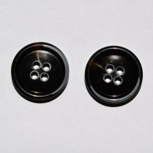Wholesale High Grade Garment White Black Plastic Button pictures & photos