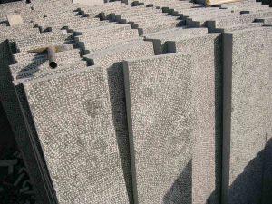 Blue Limestone Tile for Construction/ Bluestone Paving/ Bluestone Kerbstone pictures & photos