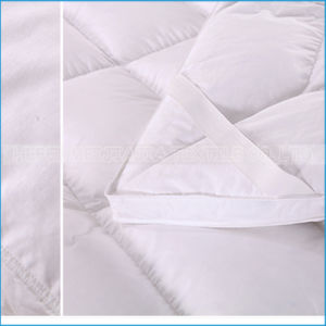 High Quality 100% Cotton Goose/Duck Down Feathers Mattress Topper/ Protector for Home Textile pictures & photos