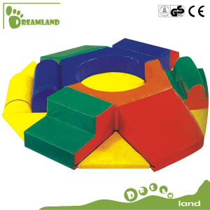 2017 Customized Funny Kids Hot Sale Soft Play Equipment pictures & photos