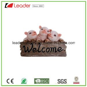 Hand Painted Polyresin Pig Statue for Home and Garden Decoration pictures & photos