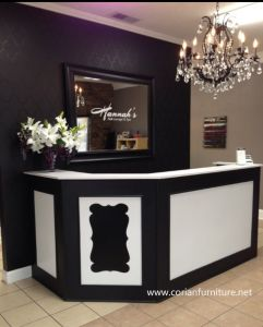 Traditional Design Solid Surface Wood Front Cash Desk pictures & photos