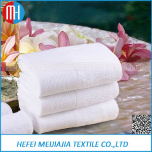 High Quality 100% Cotton Bath Towel in Promotion Price pictures & photos