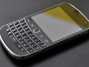 Hot Sale Original Unlocked Bb 9900 GSM Smart Phone pictures & photos
