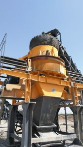 VSI Vertical Shaft Impact Crusher for Sand Making and Stone Crushing pictures & photos