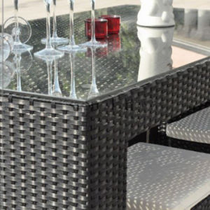 Outdoor Patio Pub Furniture Aluminum Bistro Chair Rattan Bar Chairs and Table Set pictures & photos