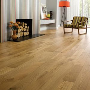 UV Lacquered Ab Grade Engineered White Oak Wood Flooring pictures & photos