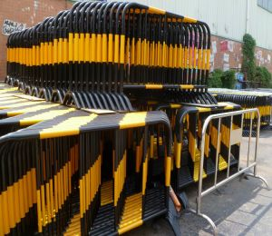 Safety Barricade / Crowd Control Barrier / Crow Control Fence pictures & photos