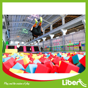 Lots of Fun for Foam Pit in Indoor Trampoline Park pictures & photos