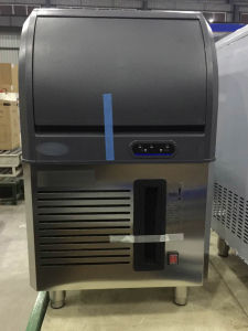 Top Quality Ice Cube Machines for Restaurant and Bar (40-100kg) pictures & photos