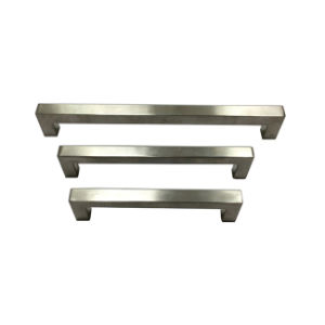 Factory Price Hollow Stainless Steel Furniture Kitchen Cabinet Hardware Door Pull Handle (U 002) pictures & photos
