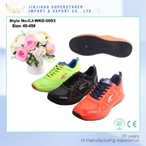 Summer Style EVA Sneakers with Breathable Mesh Upper pictures & photos