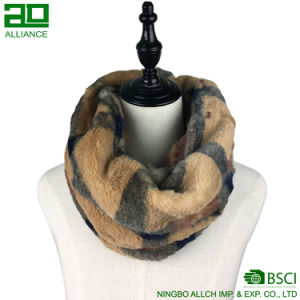 Ladies Faux Fur Winter Snood Scarf pictures & photos