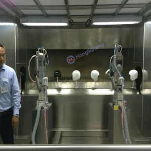 Robot Automatic Color Exchanging Coating Line for Helmet pictures & photos