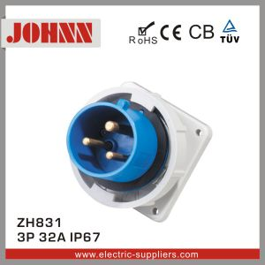 IP67 3p 32A Panel Mounted Industrial Plug pictures & photos