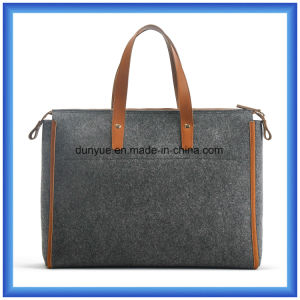 Simple Design Eco-Friendly Portable Wool Felt Shopping Hand Bag, Customized Ladies Tote Handle Bag with PU Leather Comfortable Handle pictures & photos