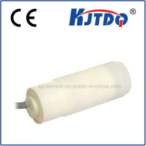 Corrosion-Resistant M30 Capacitive Proximity Sensor with Keyence Quality pictures & photos