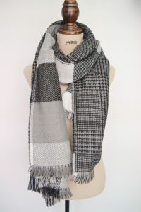 2015 Top Fashion New Arrival Woven Yarn Dyed Lady Scarf with Two Sided (4210-222)