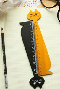 2017 New Design Fashion Cartoon Wooden Ruler pictures & photos