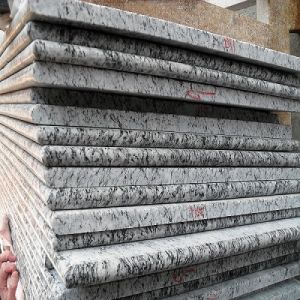 Spray White Granite Countertop Island Top pictures & photos
