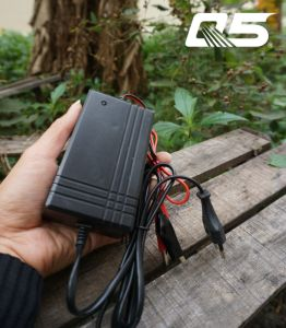 12V1.3A VRLA battery charger Automatic Trickle Lead acid battery Charger Storage Battery Charger pictures & photos