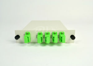 1X4 Insertion Type PLC Splitter with Sc/APC Connector pictures & photos