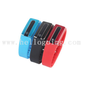 Smart Bluetooth Bracelet Bluetooth Wearing Bracelet for GPS Tracker Bracelets pictures & photos