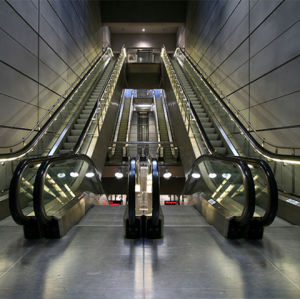Escalator with Vvvf Drive for Public Traffic 30/35 Degree pictures & photos