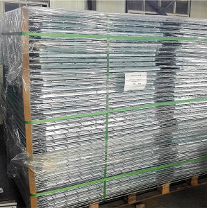 Galvanized Welded Wire Mesh for Storage Rack pictures & photos