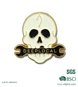 Chinese Factory Making Soft Enamel Skull Lapel Pin (XD-0707-20) pictures & photos