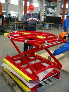 2000kg 360 Degree Turntable Lift Table pictures & photos